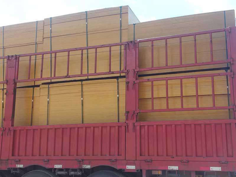 建筑用桉木红板厂家生产的建筑模板